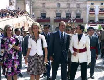 Visita-de-los-Príncipes-de-Asturias-D.-Juan-Carlos-y-Dª-Sofia-(29-5-74)