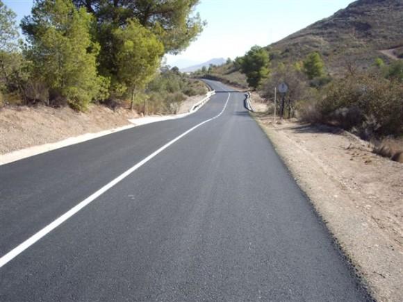 Las obras se han centrado en un tramo de unos ocho kilómetros de la carretera RM-D4 que discurre entre los términos municipales de Mazarrón y Lorca